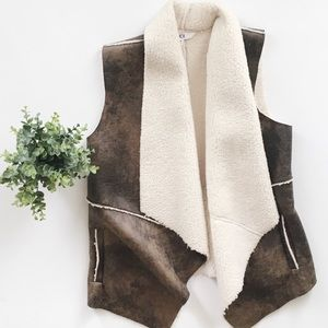 Jack BB Dakota Sherpa Lined Faux Leather Vest